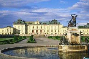 Шведское правительство проверит финансы короля