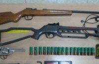 В Испании двух россиян задержали за инсценировку ограбления и незаконное оружие