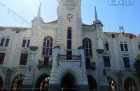 В Мукачево остановят общественный транспорт и на выходные перекроют центр из-за карантина