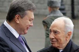 Перес призвал украинцев не критиковать Израиль