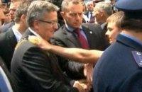 """Польша: в """"яичном инциденте"""" с Коморовским виноваты украинские спецслужбы"""