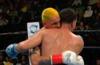 Украинский боксер-профессионал на год лишен лицензии за укус соперника на ринге