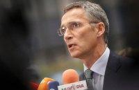 Во время перемирия военные РФ продолжают помогать боевикам на Донбассе, - генсек НАТО