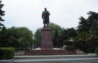 Памятники Ленину предложили свезти на площадь Ленина в поселок Ленино