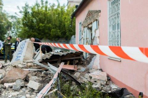 На Дніпропетровщині четверо зловмисників підірвали банкомат і вкрали майже 1 млн грн