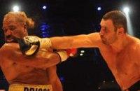 Виталий Кличко защитил титул WBC в бою с Бриггсом