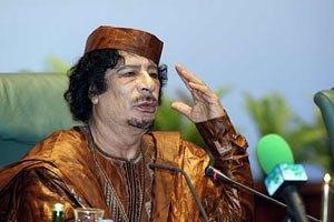 """Каддафи ни за что не покинет """"землю, пропитанную кровью предков"""""""