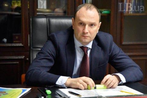 Заступник голови МЗС Божок просить відсторонити його на час розслідування справи Порошенка