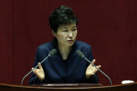 Корейская оппозиция договорилась голосовать импичмент президента