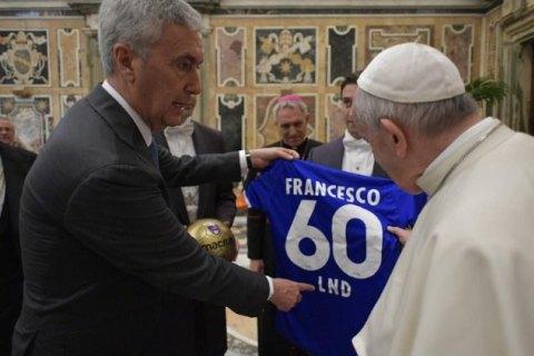 Ватикан с благословения Папы Римского создал женскую футбольную команду