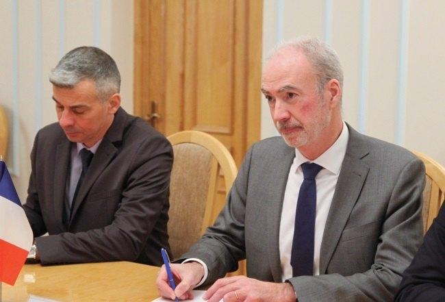 ВСНБО рассматривают 5  способов  реинтеграции оккупированного Донбасса