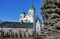 45% украинцев выступили за функционирование храмов во время карантина, но с ограничениями