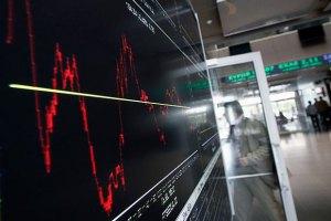 Російські біржі та рубль падають через загострення ситуації на сході України