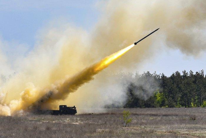 Порошенко поручил запустить ракеты «Ольха» всерийное производство
