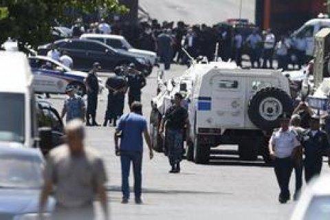 У Єревані звільнили всіх поліцейських-заручників