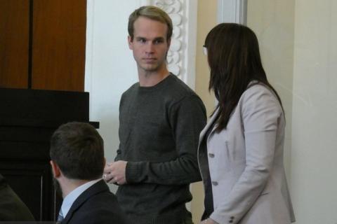 Суд у Вінниці відпустив під домашній арешт американця, який воював на боці України в зоні АТО