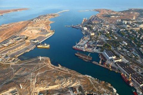 Україна заборонила суднам заходити в кримські рибні порти