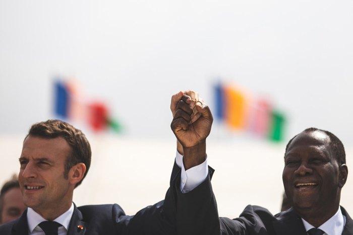 Президент Франции Эмманюэль Макрон и президент Кот-д'Ивуара Алассан Уаттара