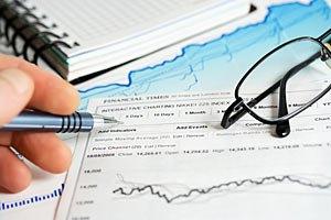 Фондовый рынок закрылся снижением