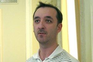 Журналіста Пашаєва після затримання побили, обікрали і відпустили