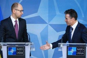 Официальный Киев не собирается в НАТО