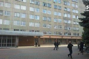 Тимошенко покинула харківську лікарню