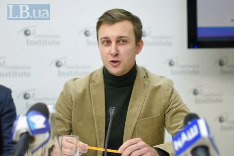 Інститут префектів у нинішньому вигляді створює загрози для місцевого самоврядування, - Роман Лозинський