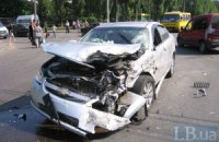 У Києві зіткнулися чотири машини.