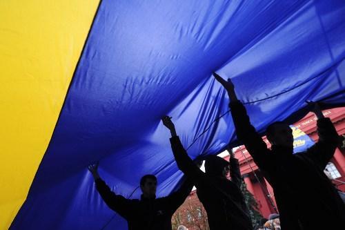 Украину накрыл клан олигархов