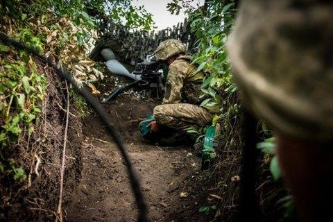 На Донбассе ранили четырех украинских военных
