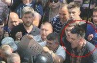 Суд зобов'язав Авакова забрати назад слова про вину Тягнибока у теракті біля Ради