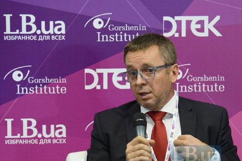 Повышение тарифов на ж/д перевозки сделает промышленность неконкурентной, - глава советников Гройсмана
