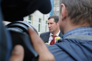 Адвоката Тимошенко вызывают в суд. Тимошенко и себе просится