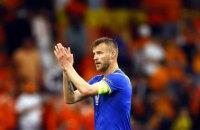 Ярмоленко проти Роналду і Погба: Андрій поставив спонсорські напої в кадр під час пресконференції