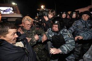 Захарченко говорит, что милицию на Майдане спровоцировали