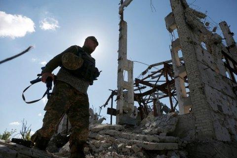 На Донбасі отримали поранення троє українських військових