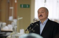 """Лукашенко заявил, что будет рад видеть на параде переболевших COVID-19, но """"тащить"""" их туда не будут"""