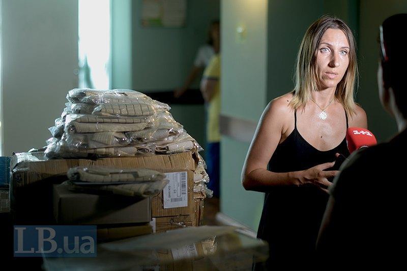 Волонтер Оксана Окопова