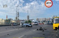 Чотири людини загинули в ДТП біля центрального автовокзалу в Києві (оновлено)