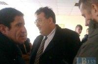 В 217-й окружком в Киеве приехали Билецкий, Столар, Шкиряк, Зварич и Геращенко (обновлено)