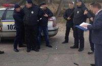 Двух полицейских задержали при получении $100 взятки в Черниговской области