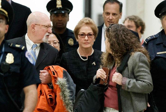Йованович прибывает для дачи показаний на закрытых слушаниях в Конгрессе США, 11 октября, 2019.