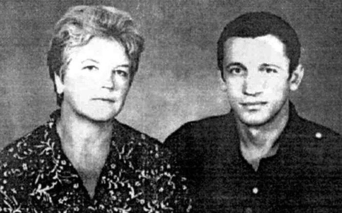 Валерий Марченко с матерью Ниной Марченко