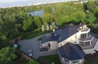 Автомайдан зняв із повітря розкішні будинки на Трухановому острові в Києві
