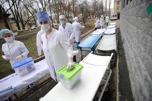 В Украине острый дефицит медсестер