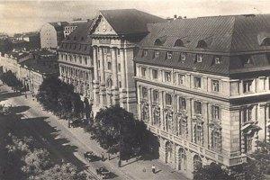 Рада наказала розсекретити архіви КДБ