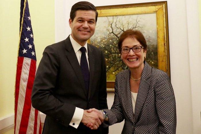 В Украинское государство  срабочим визитом прибыл заместитель госсекретаря США