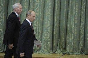 Азаров проводить зустріч з російським тандемом