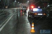 ДТП в Киеве: водитель Mercedes сбил насмерть женщину, сидевшую на тротуаре