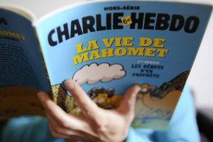 """Єгипетський проповідник застеріг Charlie Hebdo від публікації """"расистських"""" карикатур"""
